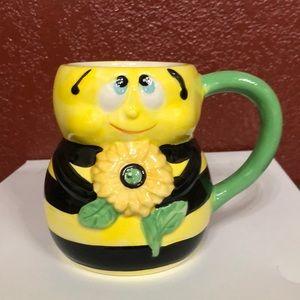 NEW! Bumblebee mug